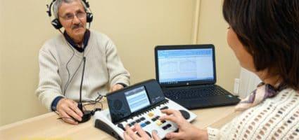 Метод Томатис эффективно помогает пожилым людям
